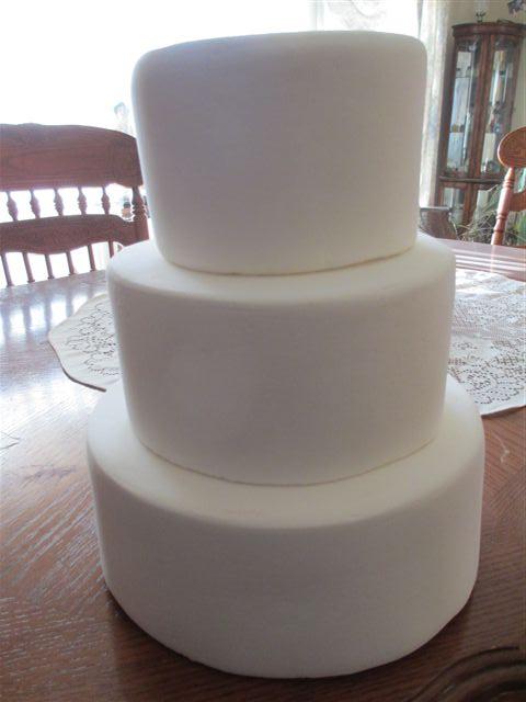 3 Tier Plain Wedding Cake