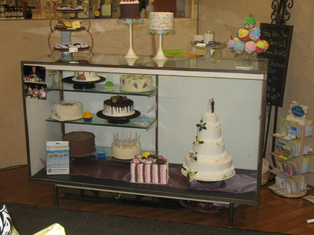 Display Our Fake Cakes and Fake Food Anywhere