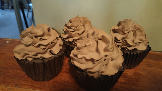 Fluffy Chocolate Cupcakes