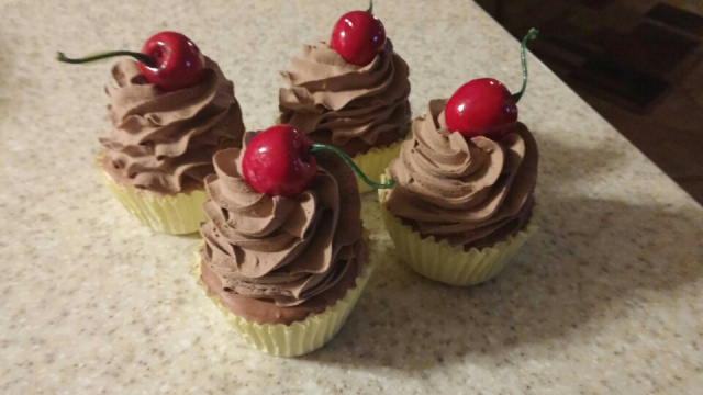 Traditional Chocolate Cupcakes