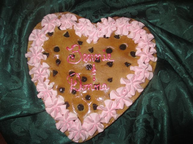 Heart Cookie Cake w Names