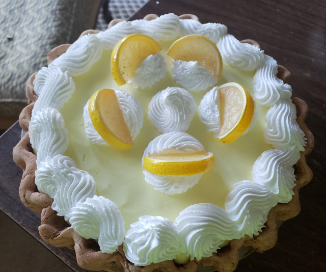 Lemon Cream Pie Supreme