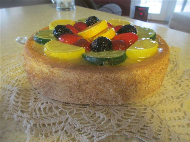 Traditional Fruit Cheesecake