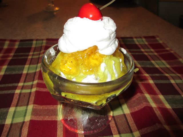 Delicious Pineapple Sundae